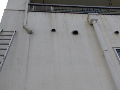 エアコン配管撤去、配管やり替え