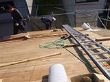 納屋の雨漏り補修、雨樋マスの取替え